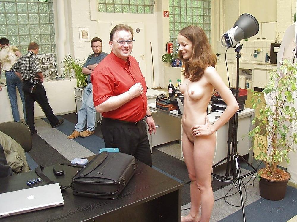 kak-snimayut-erotiku-v-kino-video-v-rossii-smotret-mnogo-spermi-i-bolshie-chleni